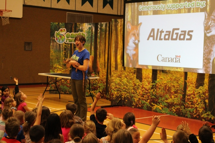 Travelling with four animal friends, Earth Rangers staff teach a group of students about bio diversity programing
